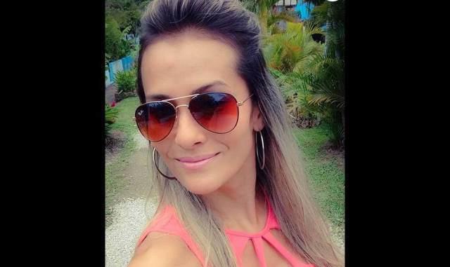 Cintia Mayumi namorada do ex-bbb16 Renan Oliveira