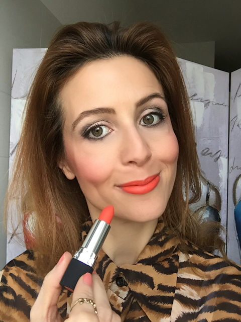 Avon Perfectly Matte Lipstick Absolute Coral on Fashion and Cookies beauty blog, beauty blogger