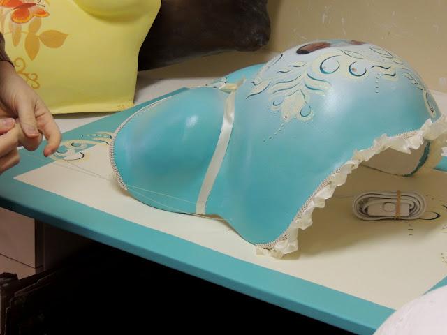 schwangerschaft baby erinnerungen schaffen und schenken einen babybauch gipsabdruck an. Black Bedroom Furniture Sets. Home Design Ideas