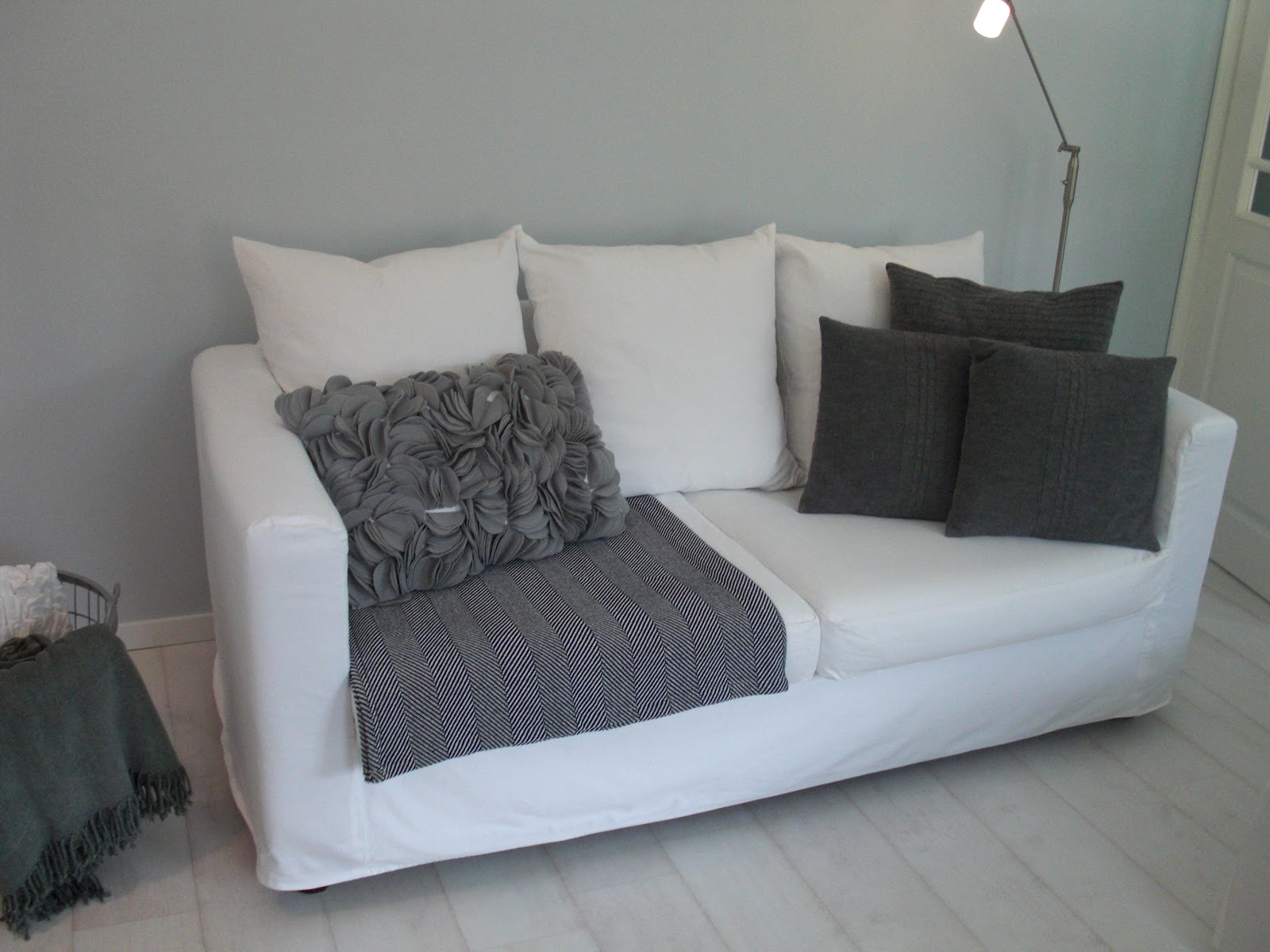 sofa berzug great herrlich ecksofas livingroom nockeby sofa bezug weiss pe seo x with sofa. Black Bedroom Furniture Sets. Home Design Ideas