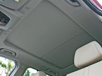Cara Mudah Bersihkan Noda di Plafon Mobil