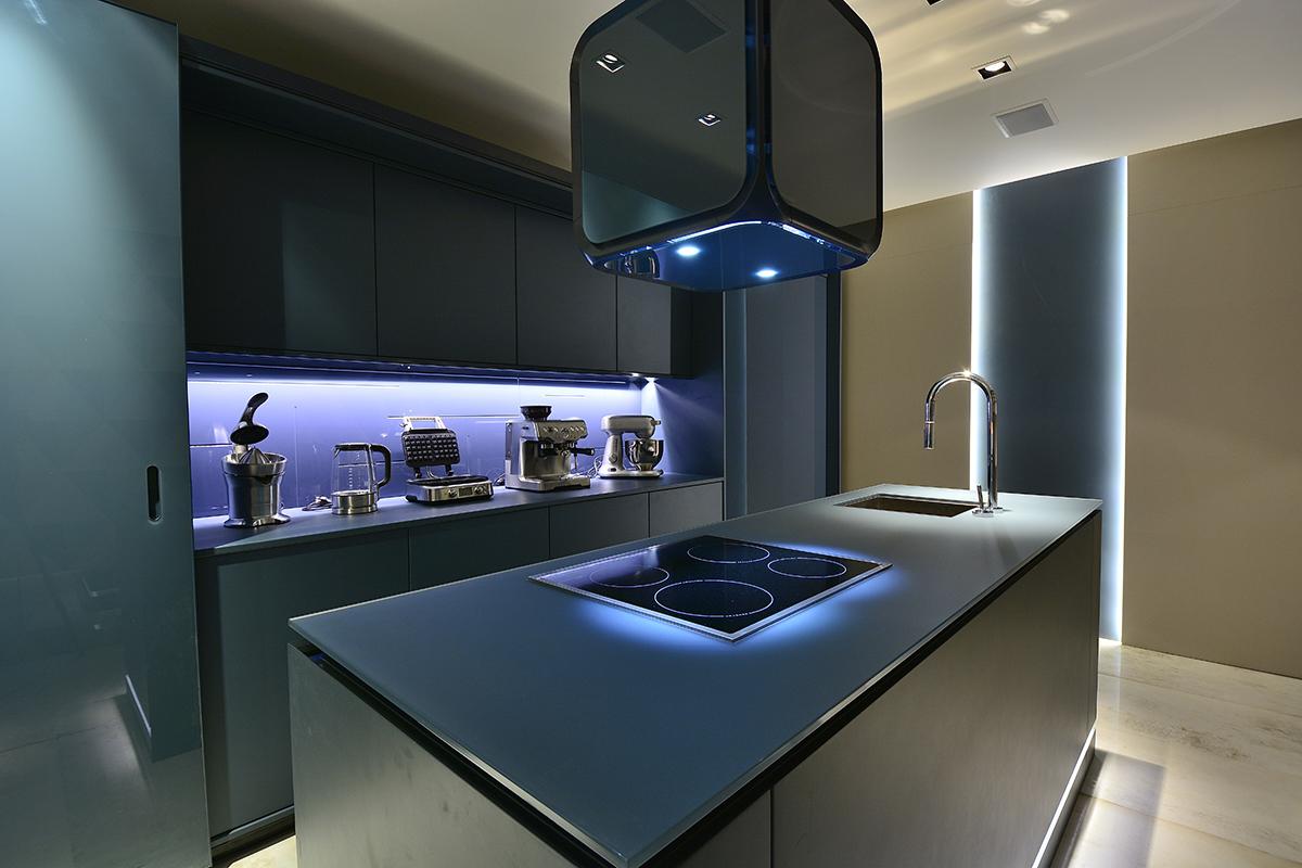 Bancadas De Vidro Acidato Veja Cozinhas Lindas Com Essa Proposta  ~ Bancada Divisoria Sala Cozinha