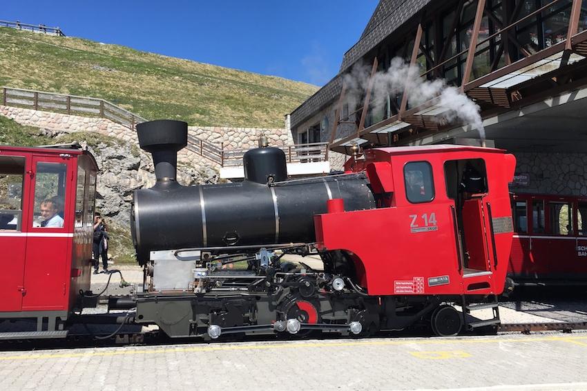 Talfahrt mit der Schafbergbahn
