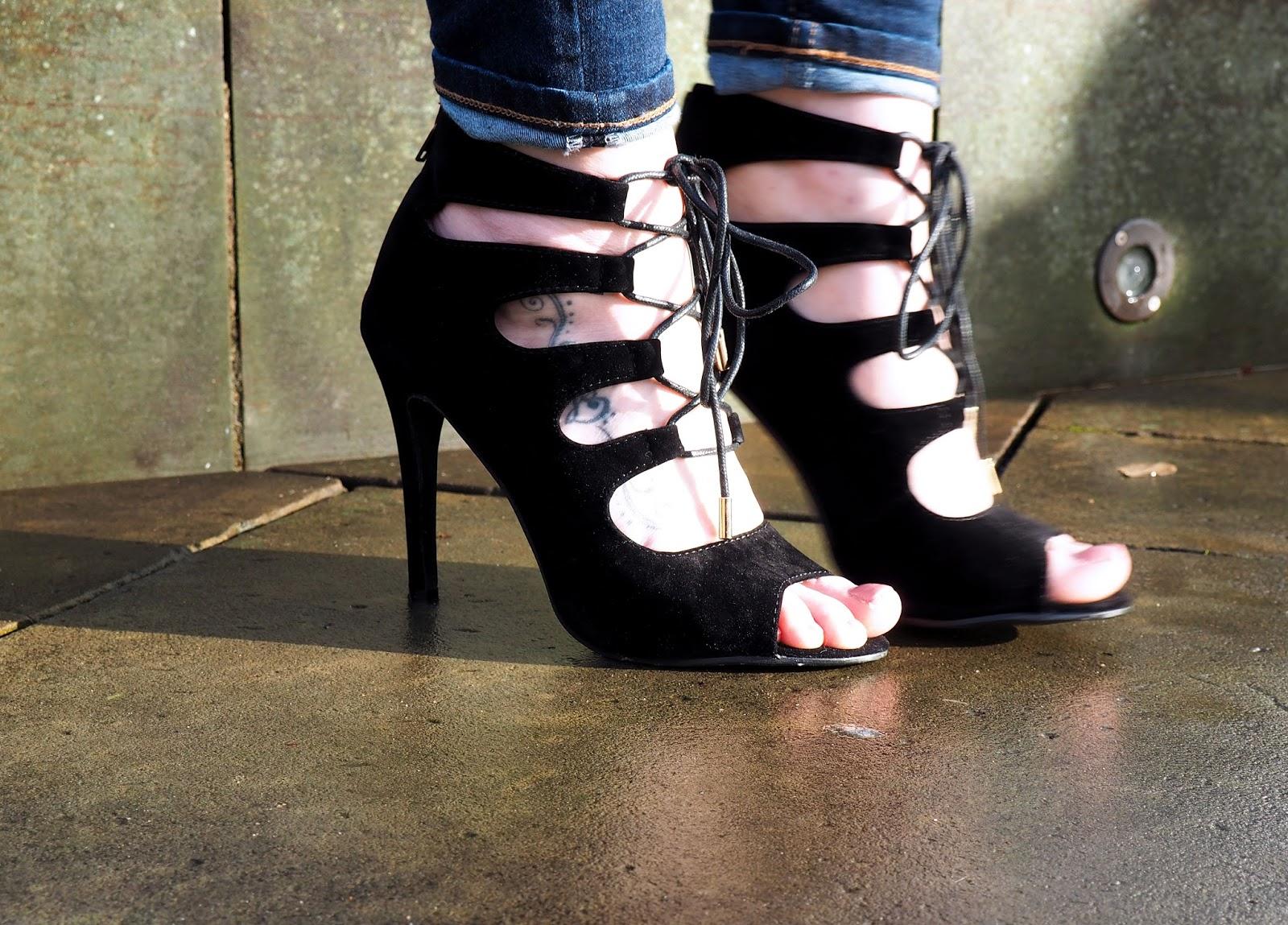 Online Avenue Black Lace Up Heels