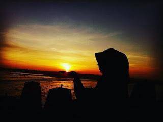 laguna sunset sunrise pemecah ombak kebun buah naga mancing di pantai glagah indah