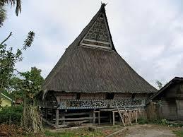 Keunikan-Rumah-Adat-Siwaluh-Jabu-Khas-Batak-Karo-Sumatera-Utara