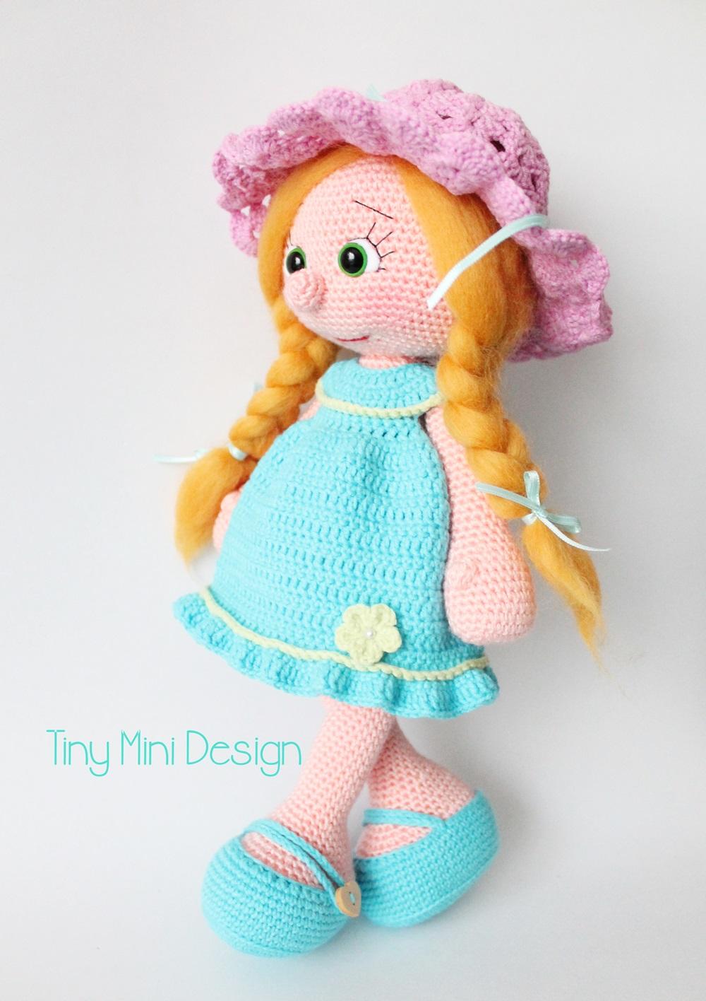Amigurumi Mavi Elbiseli Bebek Amigurumi Blue Drees Doll