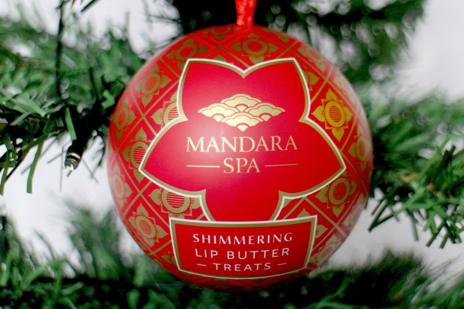 Mandara Spa Shimmering Lip Butter Treats Bauble