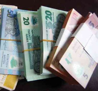 RECESSION: N100, N5, N10, N20, N50 Denominations SCARCITY Hit Nigerian Banks