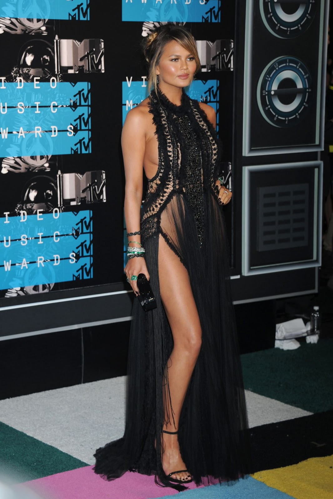 Chrissy Teigen– 2015 MTV Video Music Awards at Microsoft Theater in Los Angeles