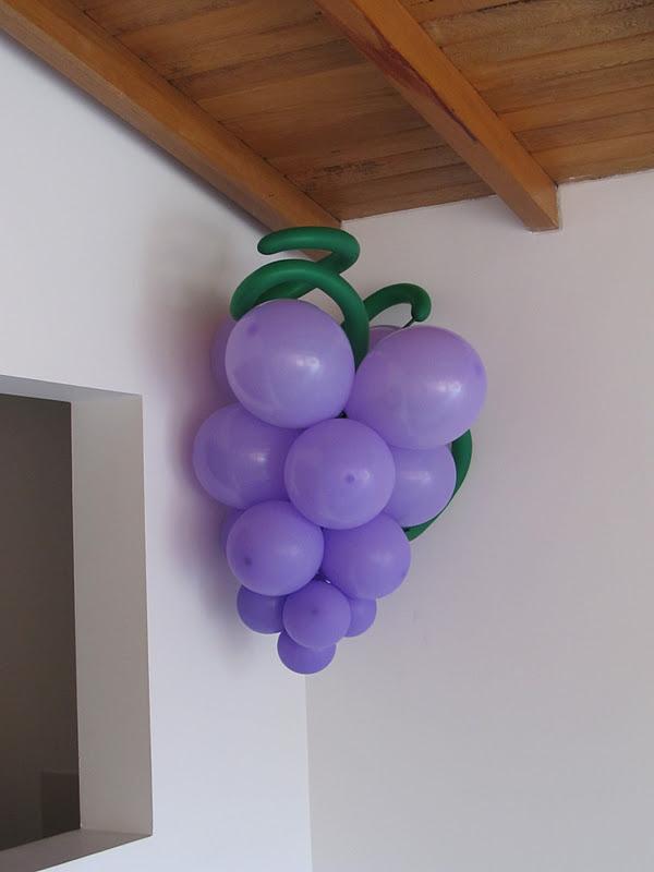 Decoracion primera comunion angeles y arcos con globos for Decoracion globos comunion