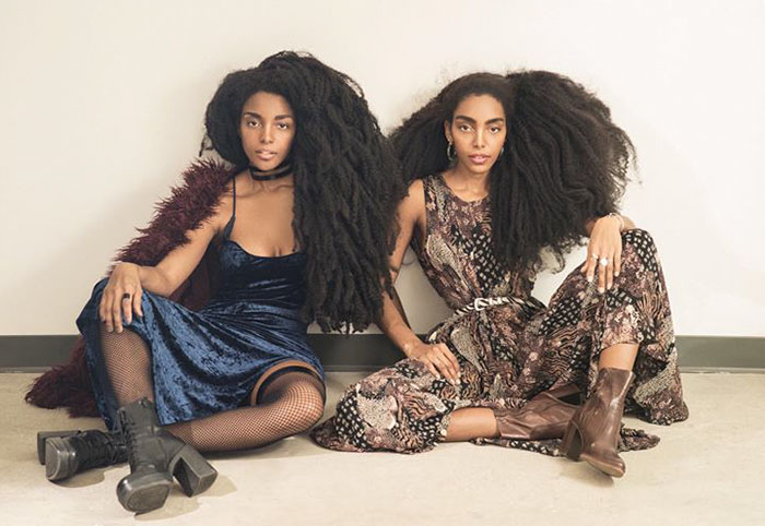 And rather than straightening their hair, the girls started to embrace it - These Twin Sisters Were Ashamed Of Their Incredible Hair, But Now They Became Famous For It