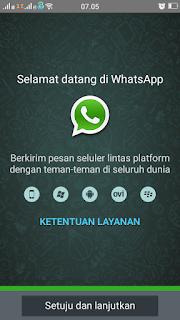http://www.semuasoftware.com/2016/02/aplikasi-terbaik-di-play-store-10-whatsapp-dalam-1-android.html