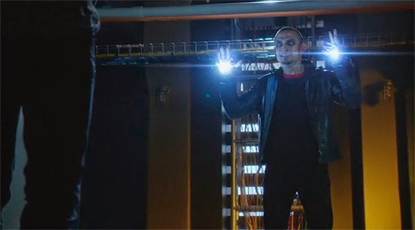 Blackout en The Flash 1x07