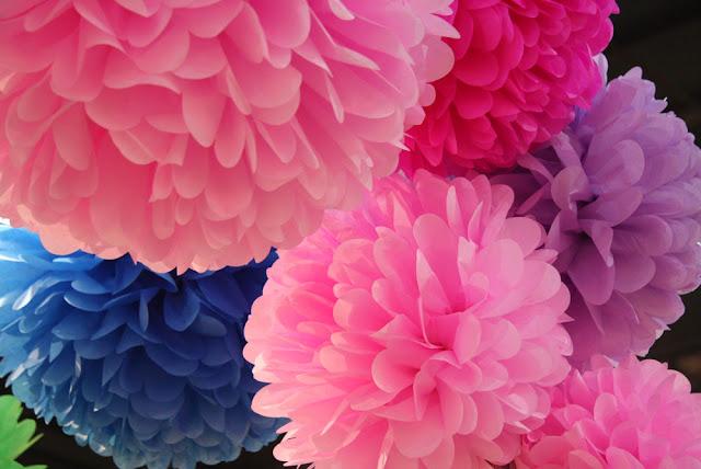 Flores de papel flores pompom