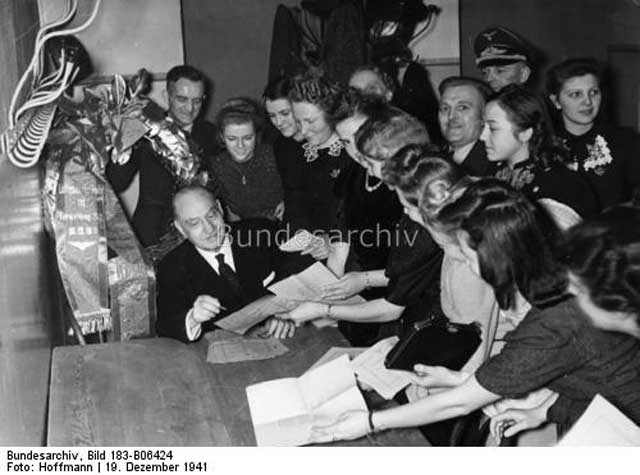 German conductor Paul Lincke with fans, 19 December 1941 worldwartwo.filminspector.com