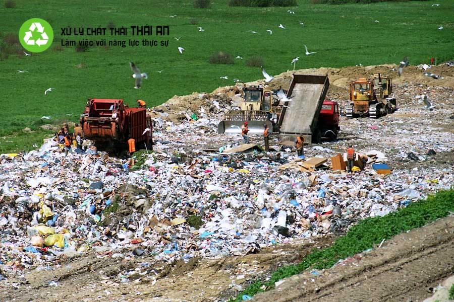 Phải có giấy phép mới được thu gom, vận chuyển chất thải nguy hại