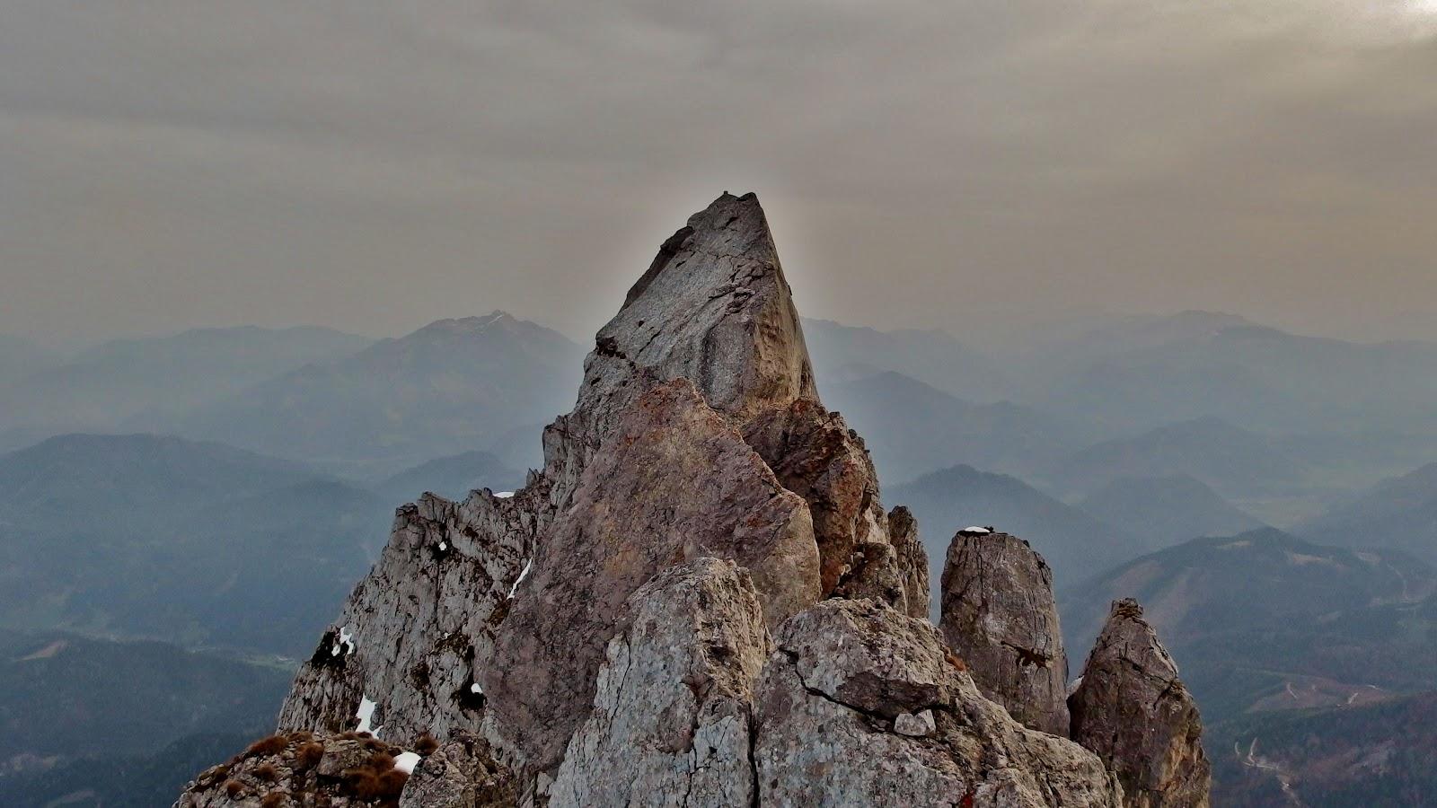 Klettersteig Buchstein : Die zeit des winterbergsteigens: freud und leid am kleinen buchstein