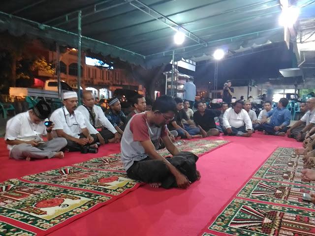Kenang Sahabat, Wartawan di Posko Sekber Aceh Gelar Doa