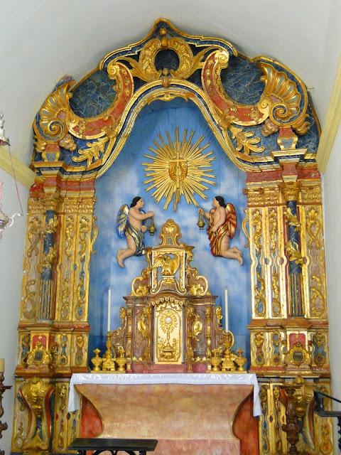 Altar da Capela de São Salvador do Sacramento