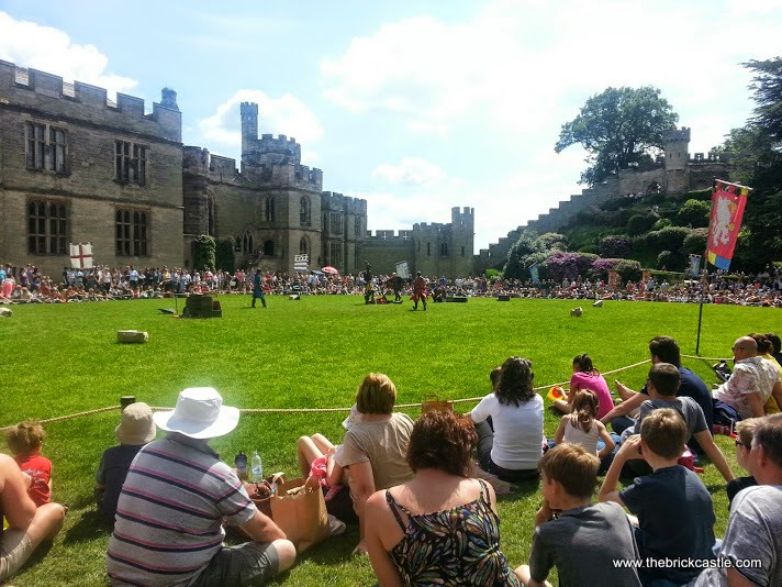 Warwick Castle Review - Battle re-enactment