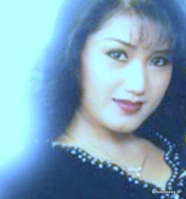 Lirik Senandung Rembulan Evie Tamala duet Imam S Arifin