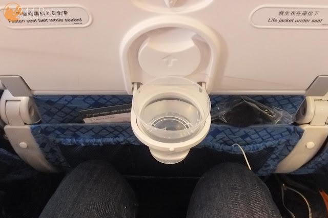 キャセイパシフィックエコノミー座席 CX-Economy-seat3