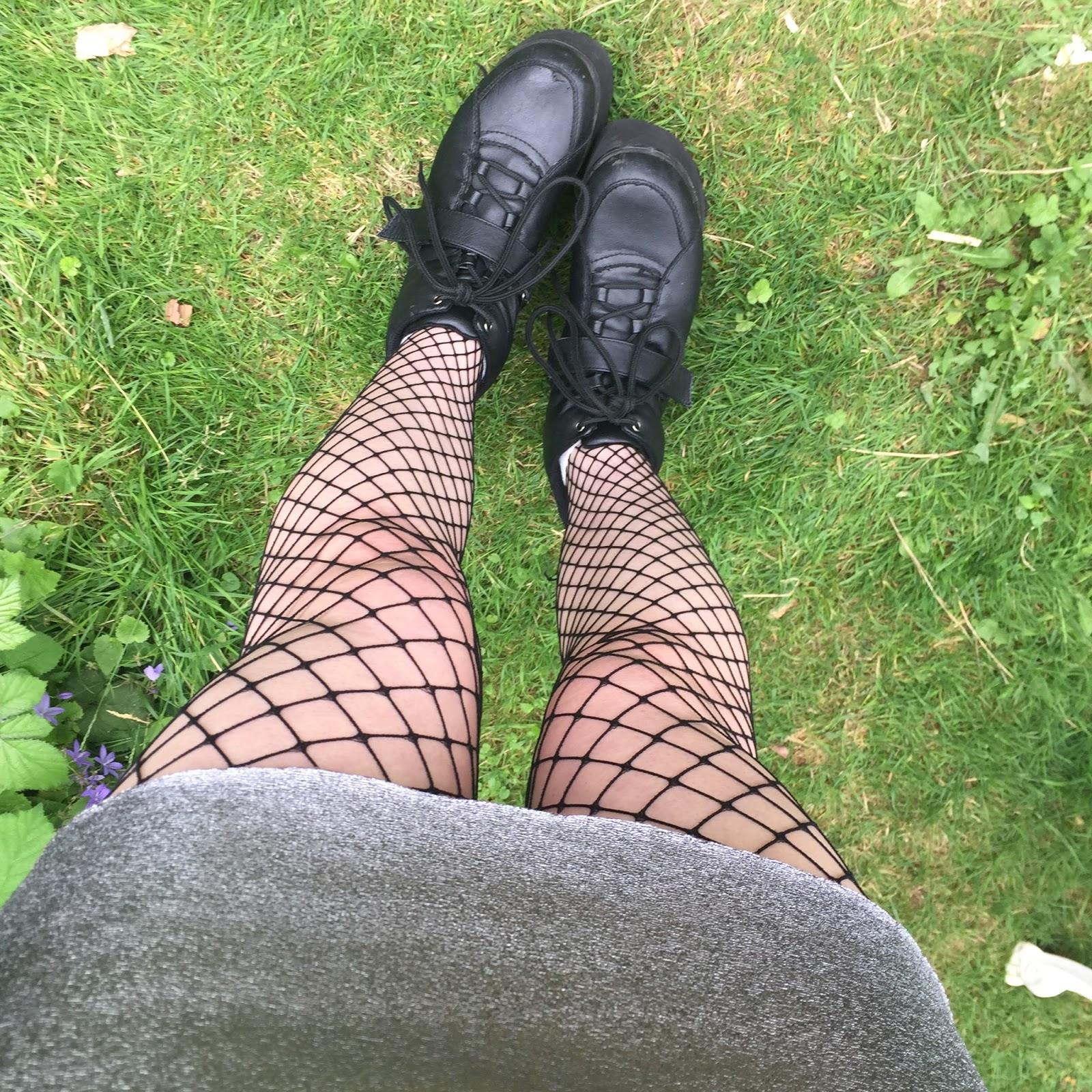 space grunge fishnets