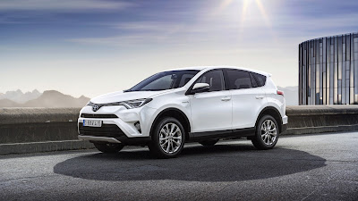 2017 Toyota RAV4 Hybrid HD Photos 01