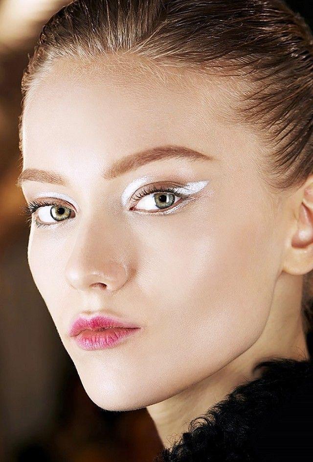 WHISPER blog: GRAPHIC #linhasgeométricas #graphic #edit #make #makeup #backstage #glow