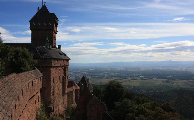дорога вин Эльзаса, куда поехать, что посмотреть, Эльзас, Франция, аисты, вино, Замок О-Кенигсбур