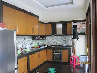 http://www.mozaikfurniture.com/2017/01/kitchen-set-minimalis-di-jakarta-timur.html