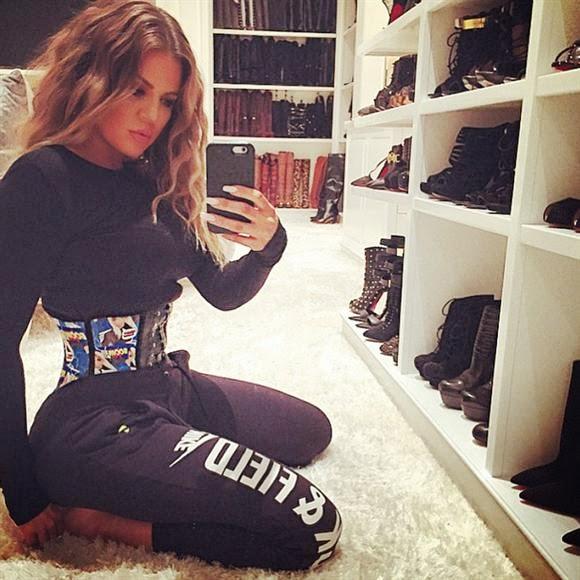 Welcome To Fab Finder Closet Selfies Kim Kardashian Jordin