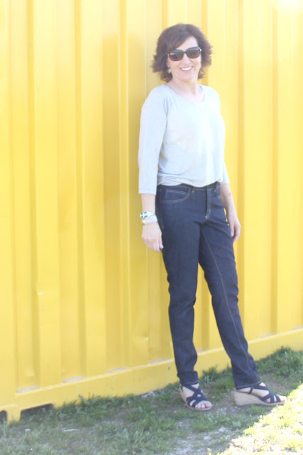 Ginger jeans and Bellevue shirt in rayon jersey