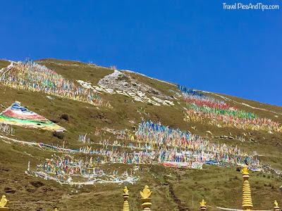 Montagnes et régions tibétaines du Sichuan en Chine