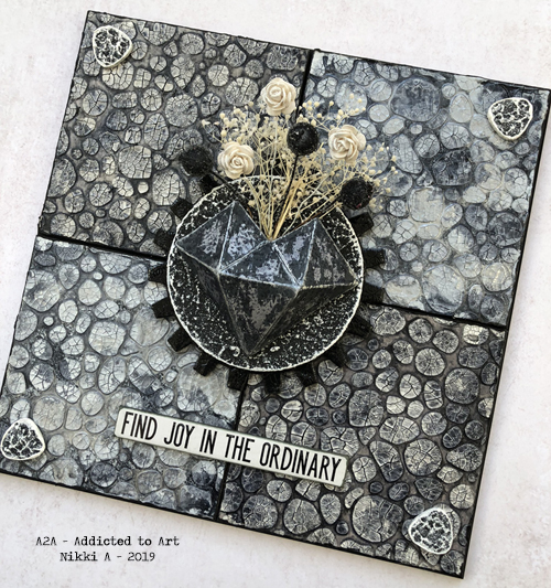 Textured Wall Art with Tim Holtz / Sizzix Faceted Heart die