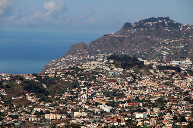 a view to Cabo Girão