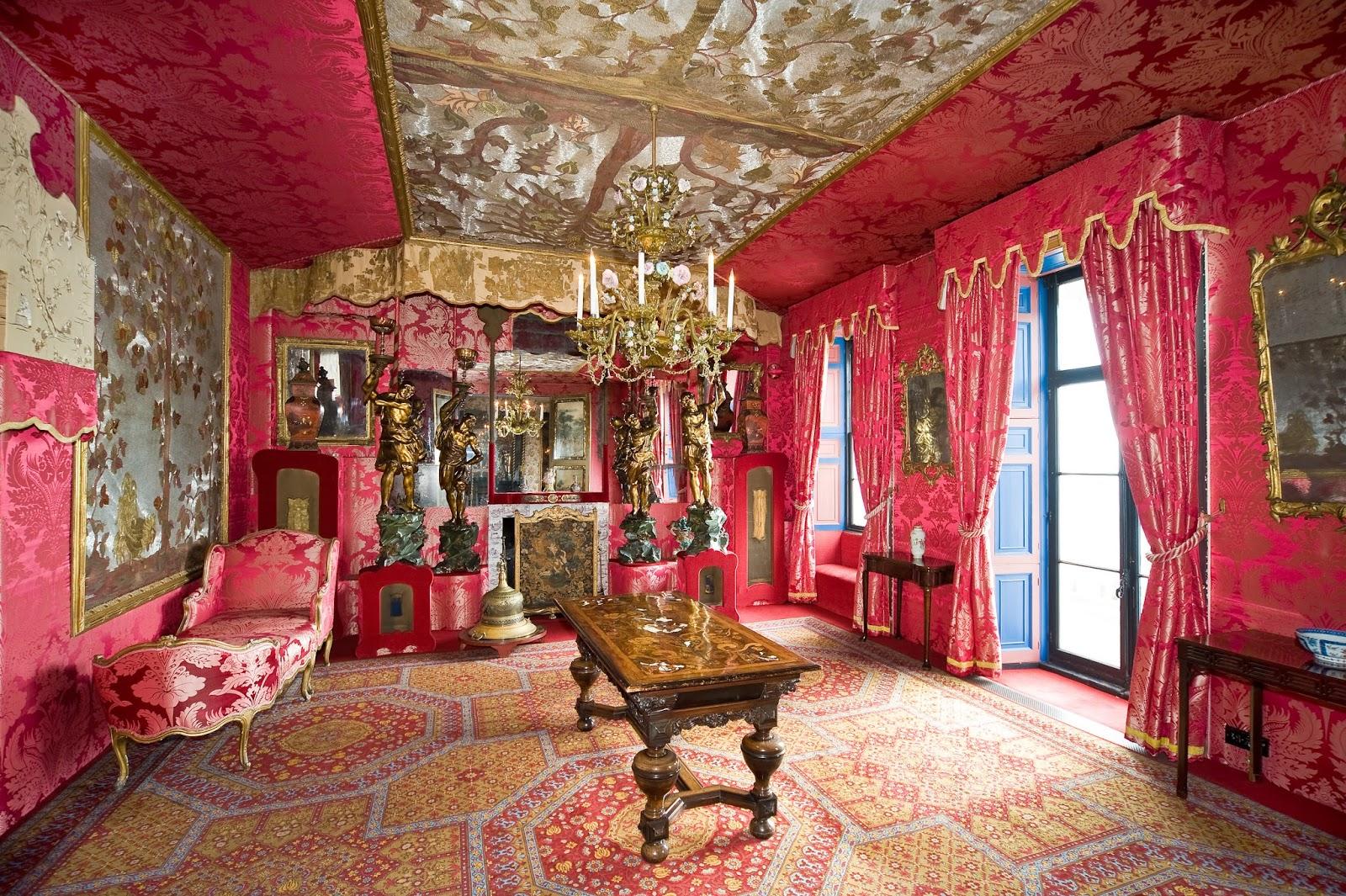 Esther paris hauteville house in guernsey for Salon miroir paris 14
