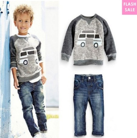 Cartoon Car Print Round Neck Sets (age 1,5-7 years old)- price:US$15.95