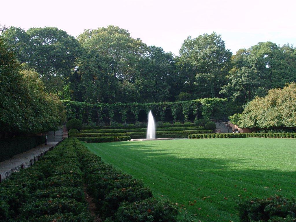 Summer Places Central Park Pallet Furniture Collection
