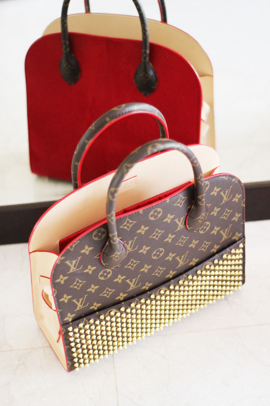 What S In My Handbag Louis Vuitton X Christian Louboutin Posh