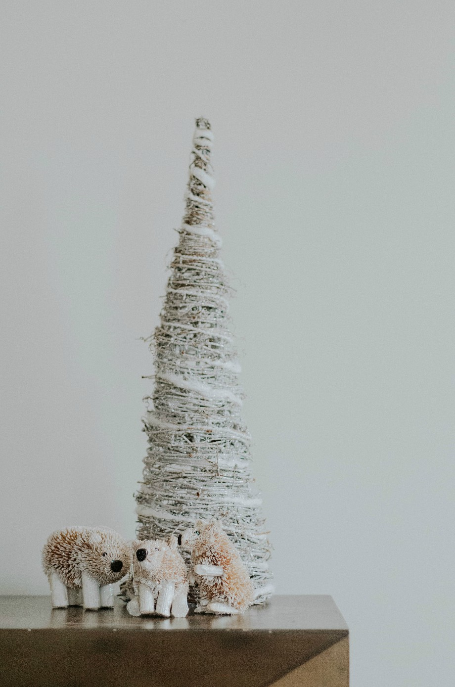 Woodland Wonderland Holiday Decor | The Nosh Life | Bloglovin\'