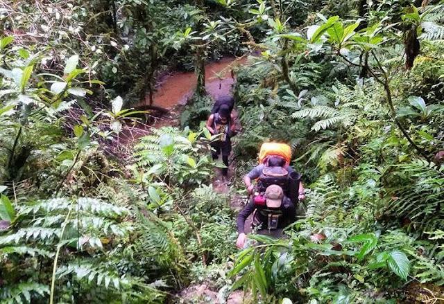foto jalur pendakian gunung binaiya