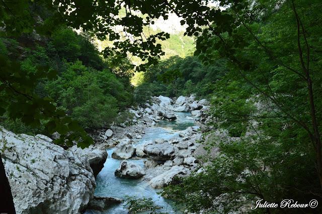 Sentier de l'Imbut, randonnée dans les Gorges du Verdon