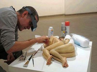esculturas de ron mueck un trabajo artesanal