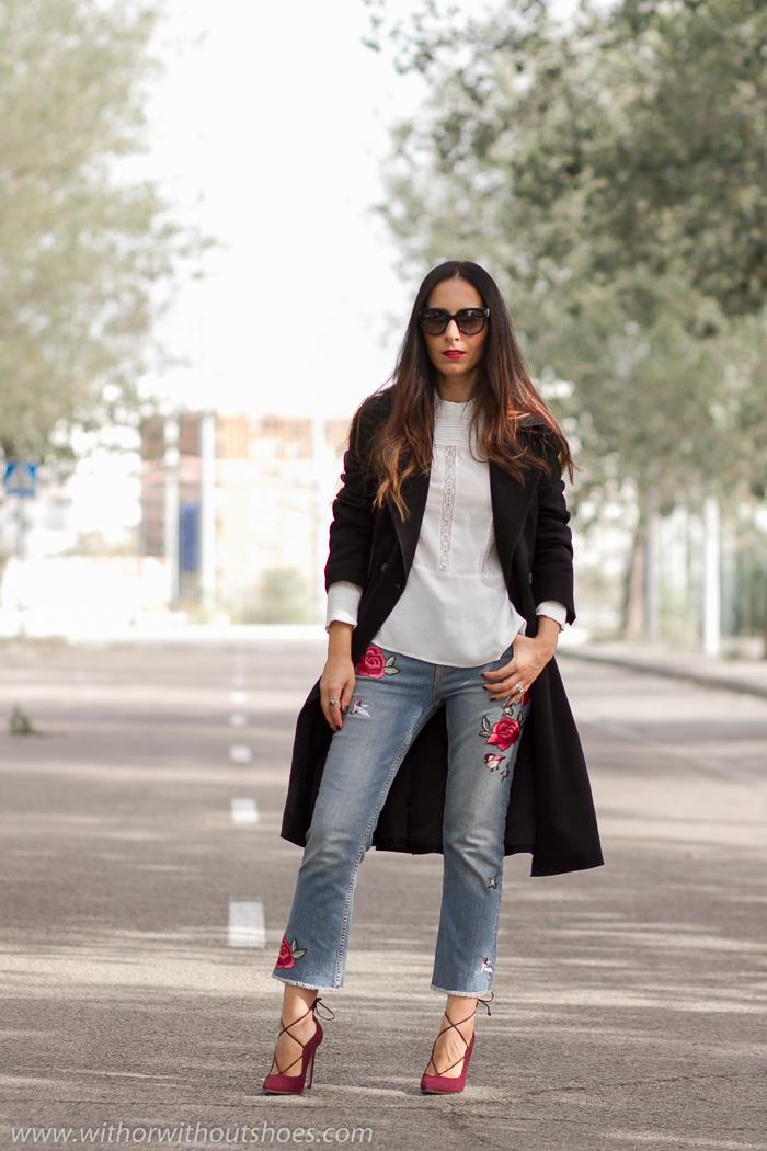 Blogger influencer de Valencia con looks con pantalones vaqueros