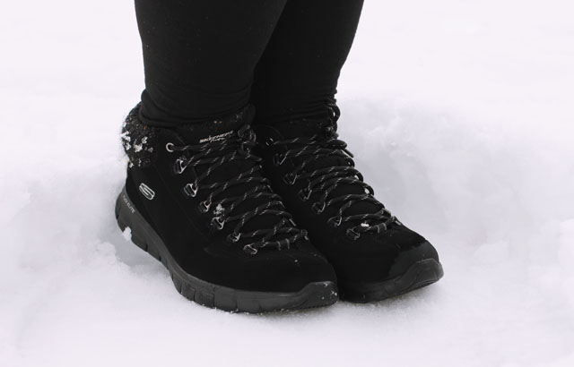 Black Skechers boots