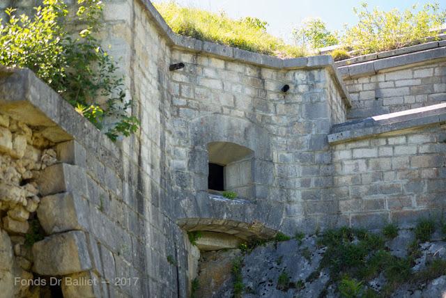 Fort du Larmont inférieur — Casemate d'artillerie
