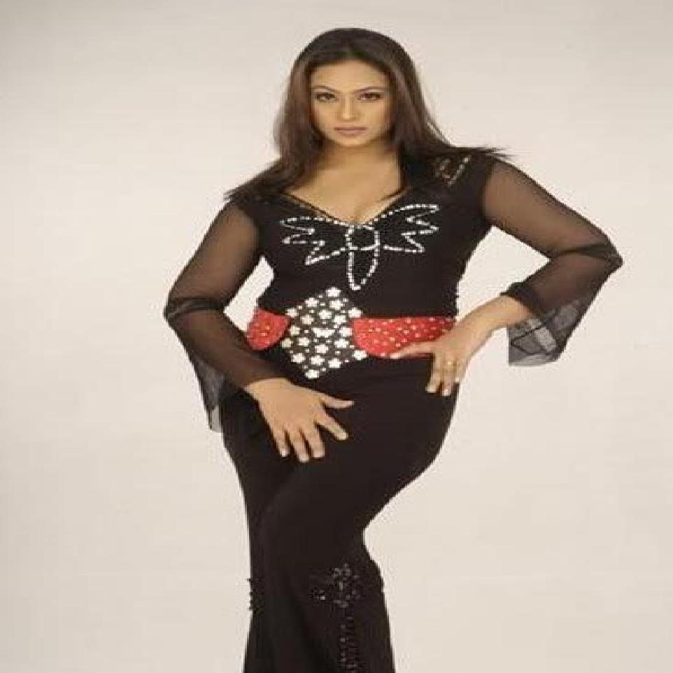 Bangladeshi Actress Popys Biography, Hottest Bangla -8550