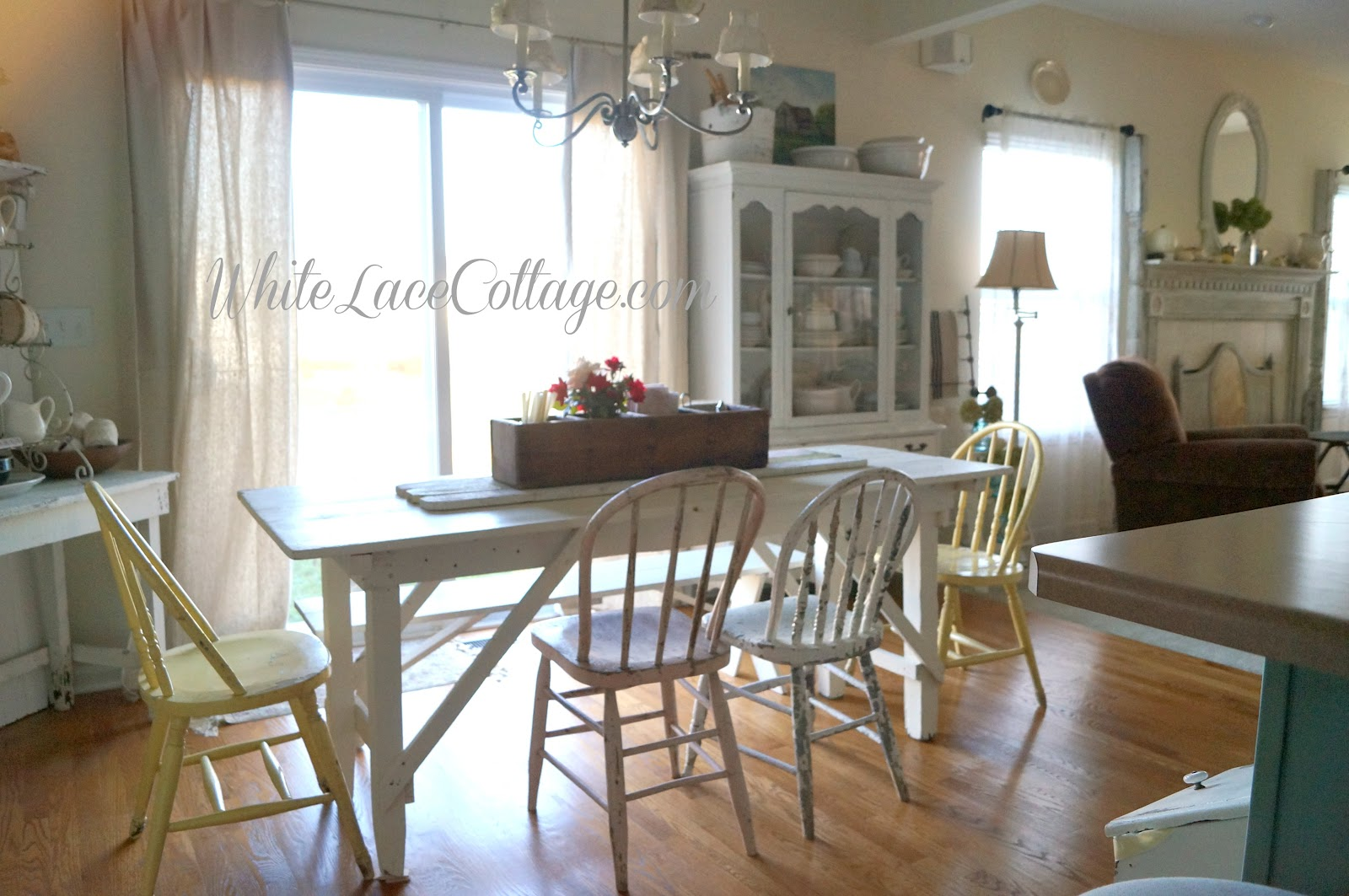 White Painted Table And Chairs Swivel Chair India Farmhouse Lace Cottage